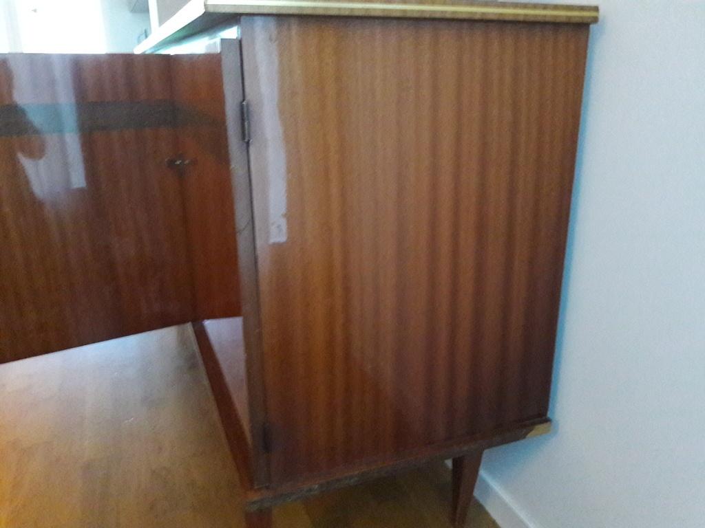question] comment �ter le vernis d'un meuble ann�e � 60