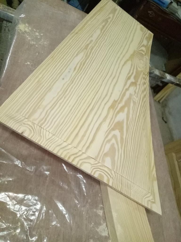 armoire par artisant sur l 39 air du bois. Black Bedroom Furniture Sets. Home Design Ideas