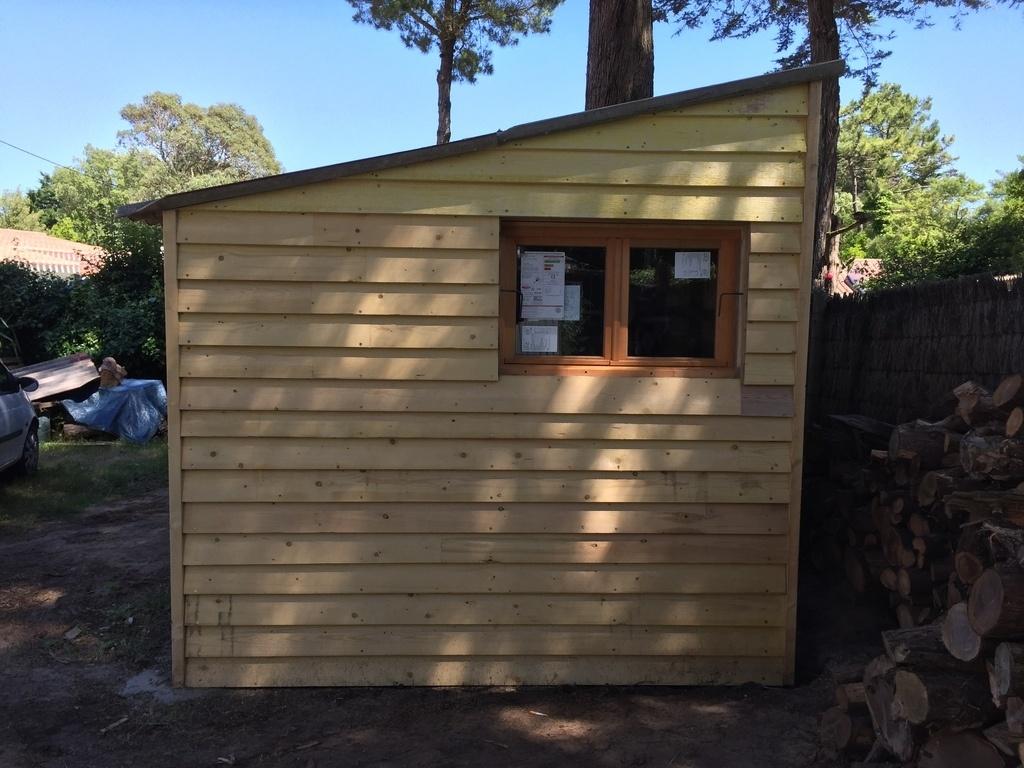 cabane de jardin pour petit atelier 4mx3m par danietlou. Black Bedroom Furniture Sets. Home Design Ideas