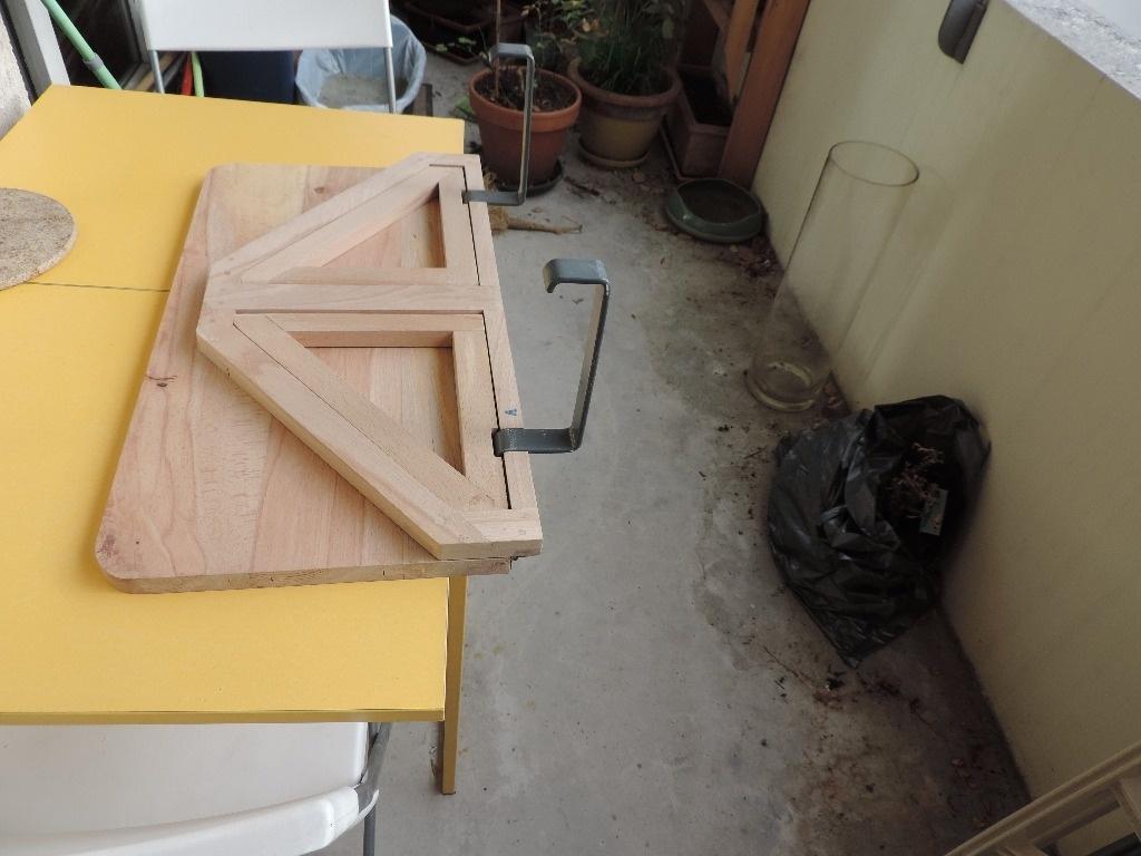 Support barbecue pour balcon par reve sur l 39 air du bois - Support pour couper du bois ...