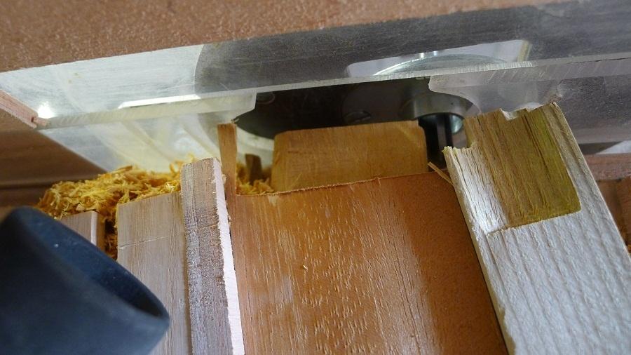 pas pas gabarit tenon et mortaise par toutenbois sur l 39 air du bois. Black Bedroom Furniture Sets. Home Design Ideas