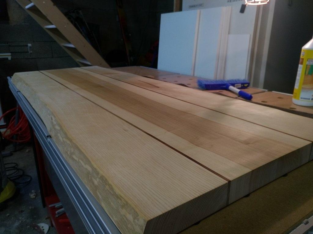 plan de travail par nico38 sur l 39 air du bois. Black Bedroom Furniture Sets. Home Design Ideas
