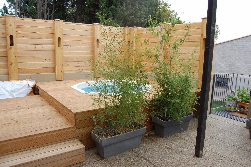terrasse avec spa par mscreations sur l 39 air du bois. Black Bedroom Furniture Sets. Home Design Ideas