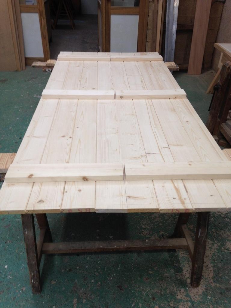 volet double battant par t wood sur l 39 air du bois. Black Bedroom Furniture Sets. Home Design Ideas