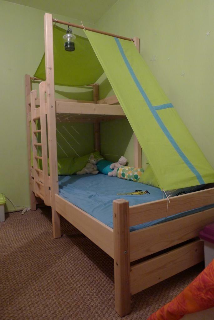 un lit cabanne par toutenbois sur l 39 air du bois. Black Bedroom Furniture Sets. Home Design Ideas