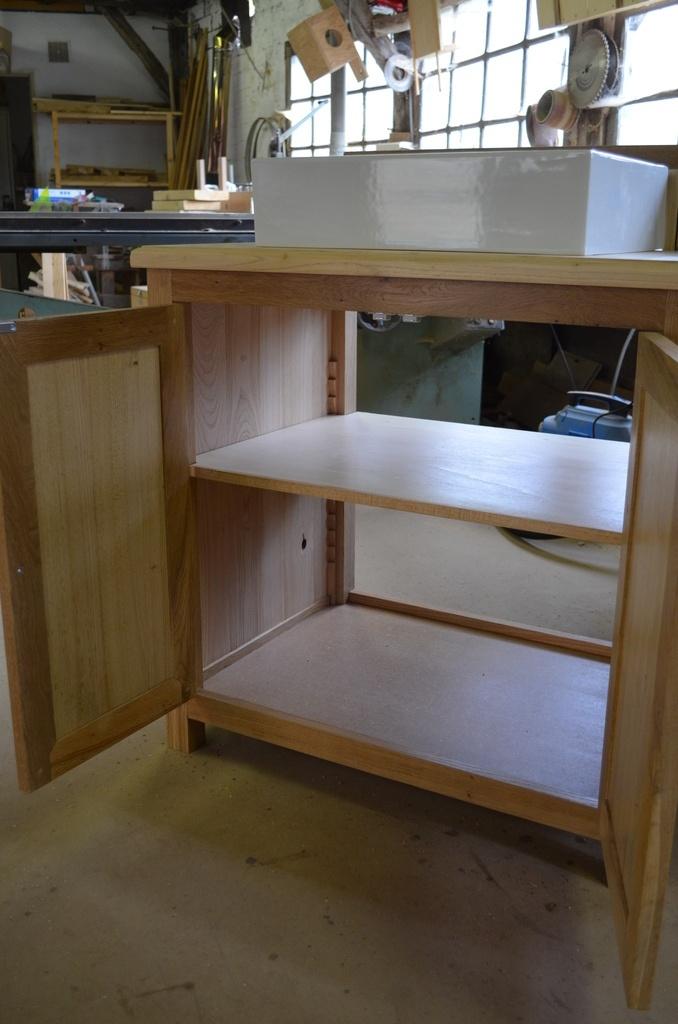 meuble salle de bain ch ne et ch taignier par thomas deh e sur l 39 air du bois. Black Bedroom Furniture Sets. Home Design Ideas