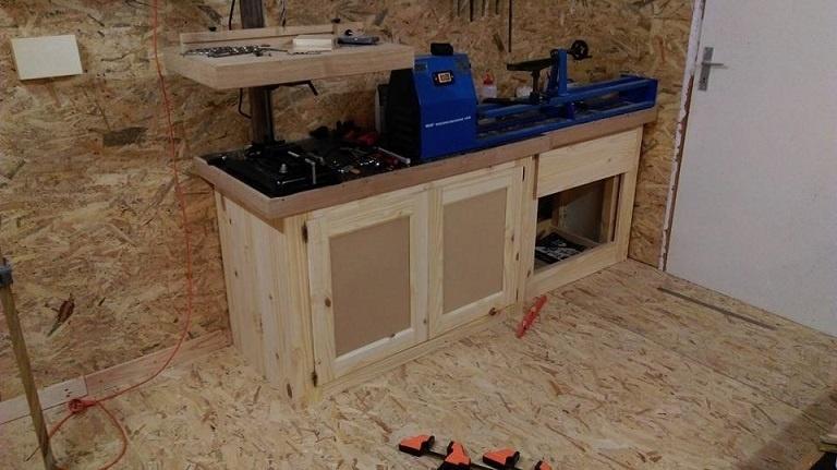 Un meuble d 39 atelier par l atelier vosgien sur l 39 air du bois for Atelier du meuble rustique