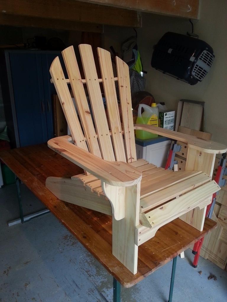 fauteuil adirondack par valoudelanjou sur l 39 air du bois. Black Bedroom Furniture Sets. Home Design Ideas