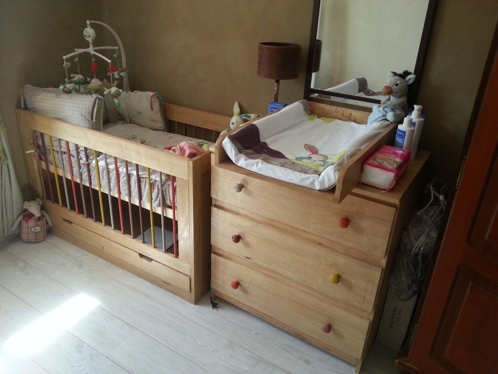comme convenu voici la commode avec table langer intgre dans le mme thme que le lit avec trois tiroirs dune hauteur de 210mm pour facilit le - Lit Avec Table A Langer Integree