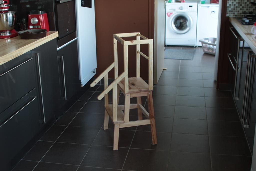 Tabouret Montessori Customisé Par Zmickej Sur Lair Du Bois