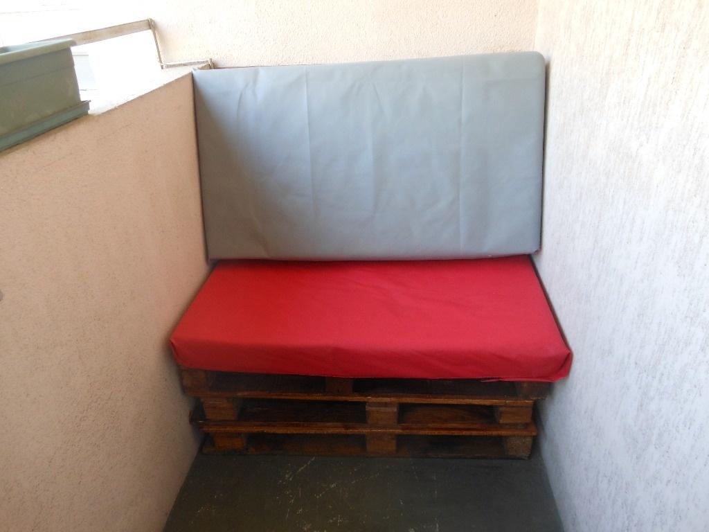 salon de balcon table basse par maguy7 sur l 39 air du bois. Black Bedroom Furniture Sets. Home Design Ideas
