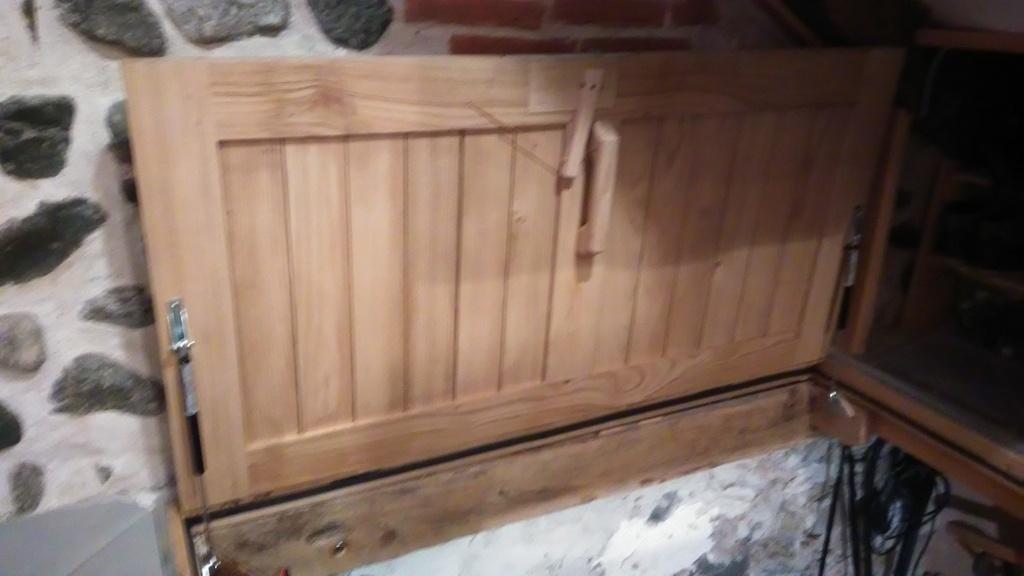 trappe de cave pont de bateau par johannes sur l 39 air du bois. Black Bedroom Furniture Sets. Home Design Ideas