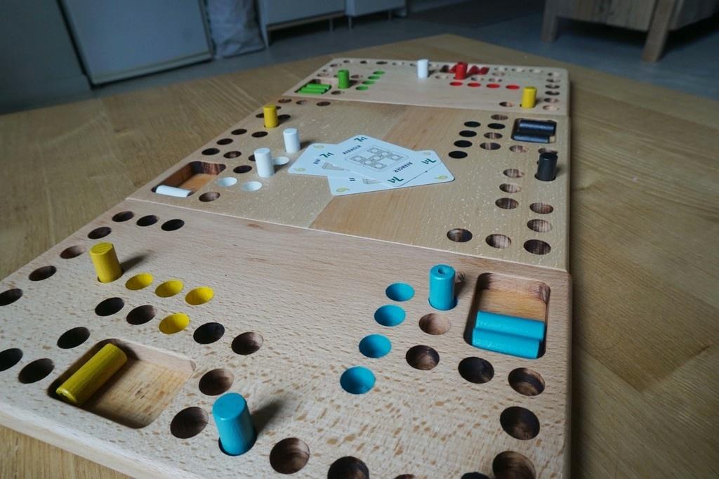 l 39 air du jeu dans le 38 trouv par coralie sur l 39 air du bois. Black Bedroom Furniture Sets. Home Design Ideas