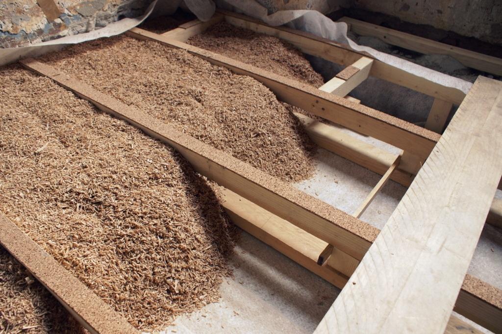 Plancher bois isol aux copeaux par zeloko sur l 39 air du bois - Isolation copeaux de bois chaux ...