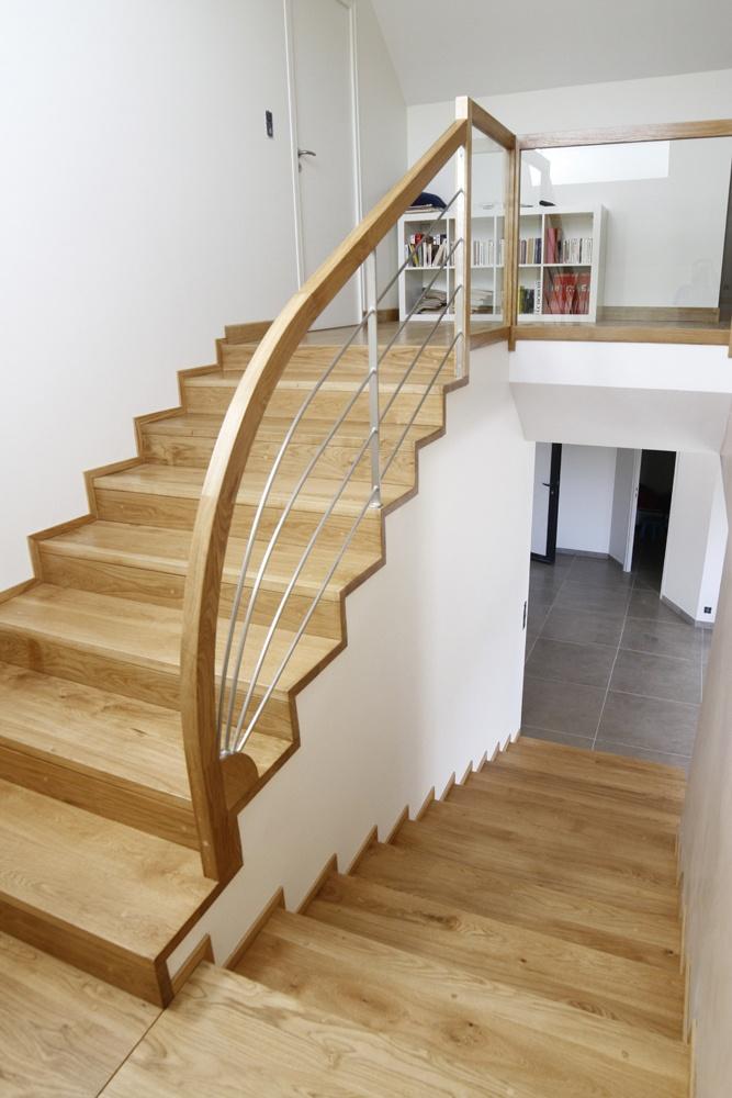 habillage d 39 un escalier b ton et cr ation d 39 un garde corps par romaindu19 sur l 39 air du bois. Black Bedroom Furniture Sets. Home Design Ideas