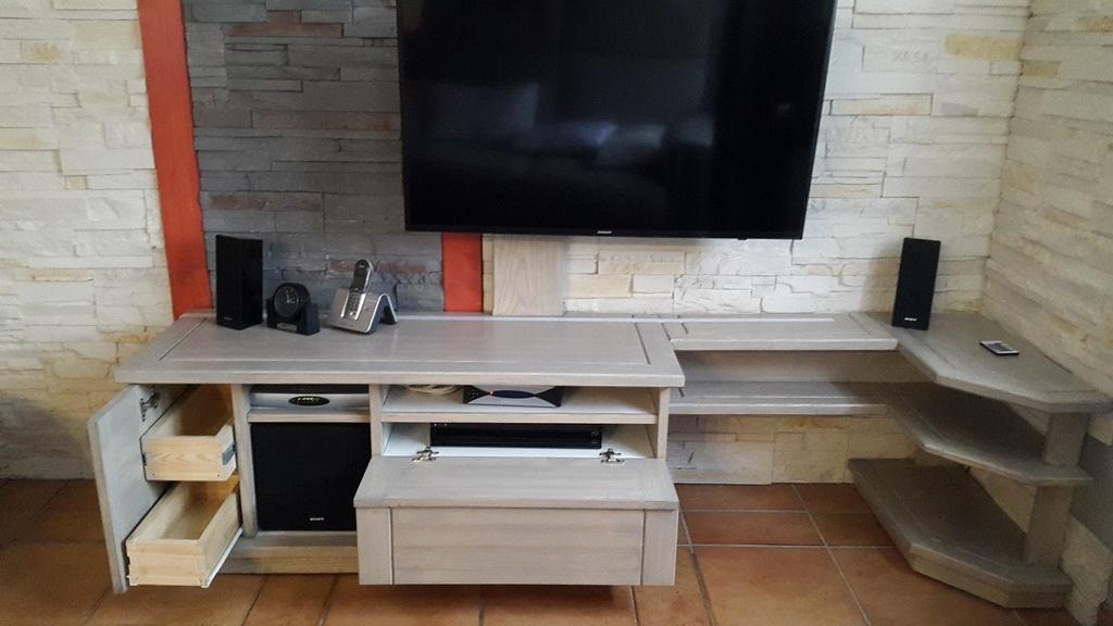 meuble tv par pimpon44 sur l 39 air du bois. Black Bedroom Furniture Sets. Home Design Ideas