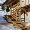 Escalier massif exterieur mélèze