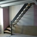 Petit escalier bois-métal