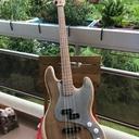 Basse type Fender