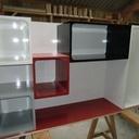 Un bureau  / tv laqué pour un studio