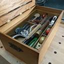Un coffre à outils d'ébeniste