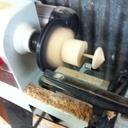 Fabrication d'une toupie en hêtre et accacia