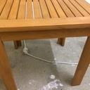 Table basse de jardin en chêne lamellé collé