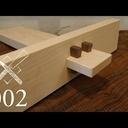 Vidéo d'assemblage japonais avec des outils à main