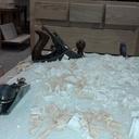 l'ajustage des tiroirs après collage de la caisse : il a neigé de l'érable !