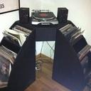 Meuble d'angle pour platine et ses vinyles