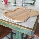 Plateaux en forme de guitare