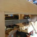 j'ai réalisé un emplacement pour la partie femelle de la vis de presse qui s'insert parfaitement dans le bloc de bois