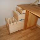 Bureau en tilleul avec tiroirs de classement