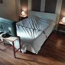 Les meubles de la chambre