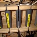 Rangement pour adaptateurs et cables