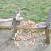 un petit tour sur le banc pour l'arrondir un peu (c'est pas la même puissance que le tour électrique!)
