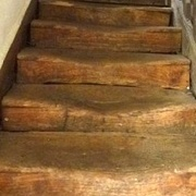Marches d escalier monoxyles avec nez dans la masse