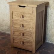 Le meuble à tiroirs