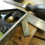 J'ai fabriquer un couteau pour creuser le sillons .