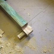 ossature mélèze autoclavé, assemblage par mis bois pour recevoir le palier