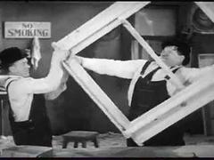 Quand Laurel et Hardy jouent les menuisiers