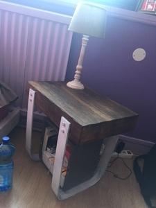Table de chevet en chêne