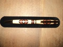 Un stylo au tour à bois, 3 essences