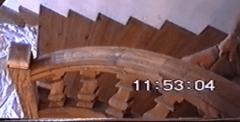 Mon escalier débillardé louis XIV à balustres chantournés droits et rampants