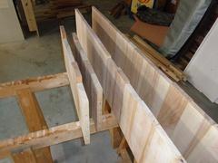 Construction des panneaux pour le mobile de salle de bain