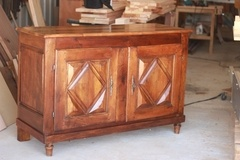 Restauration d'un meuble béarnais et explication cire et vernis gomme laque