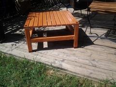 Table basse pour le jardin