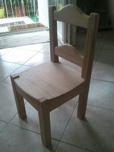 Chaise enfant en chêne