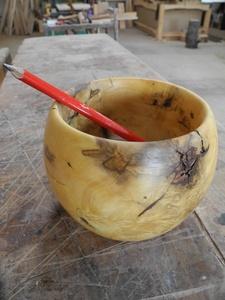 Tournage d'un pot en buis
