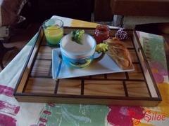 """Plateau """"petit déjeuner au lit"""""""